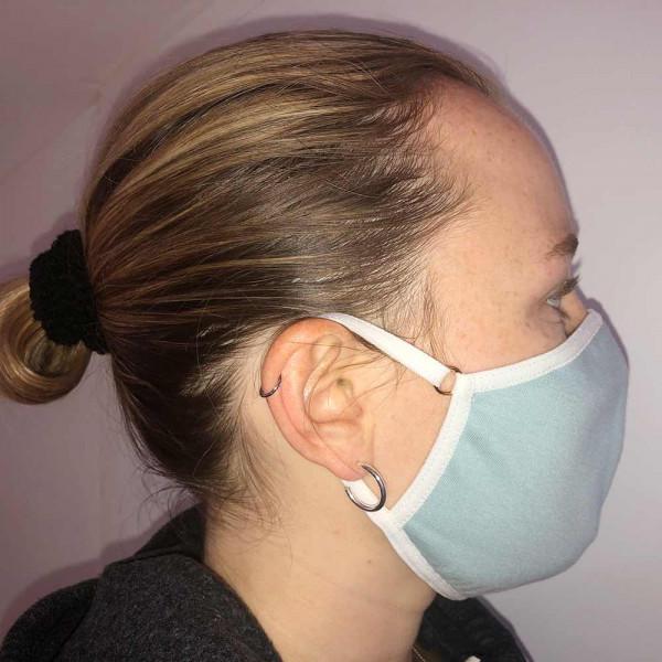 Mund- und Nasenmaske von Rosme in hellblau