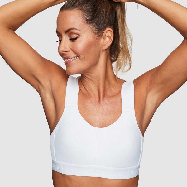 Abecita Sport-BH Modell Kimberly in Farbe weiß am Modell