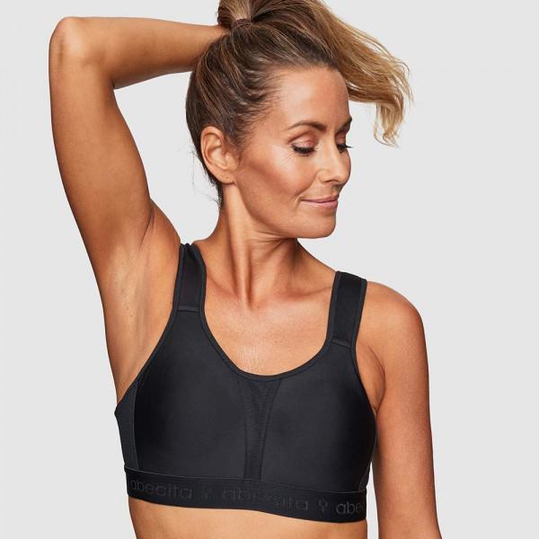 Abecita Sport-BH Modell Kimberly in Farbe schwarz am Modell in der Vorderansicht